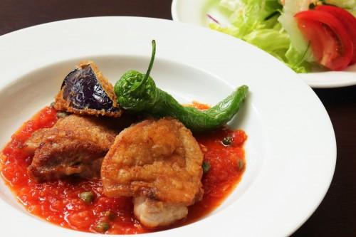 鶏のグリル京野菜添えとサラダ