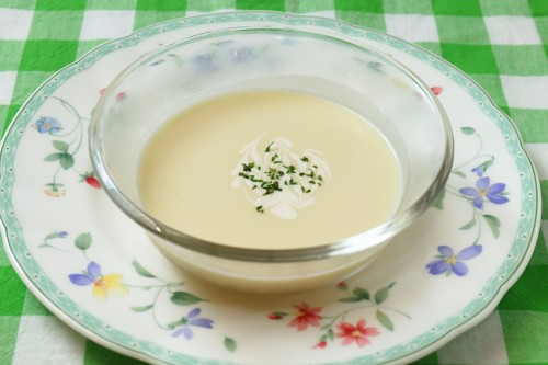 冷製有機ポテトのスープ